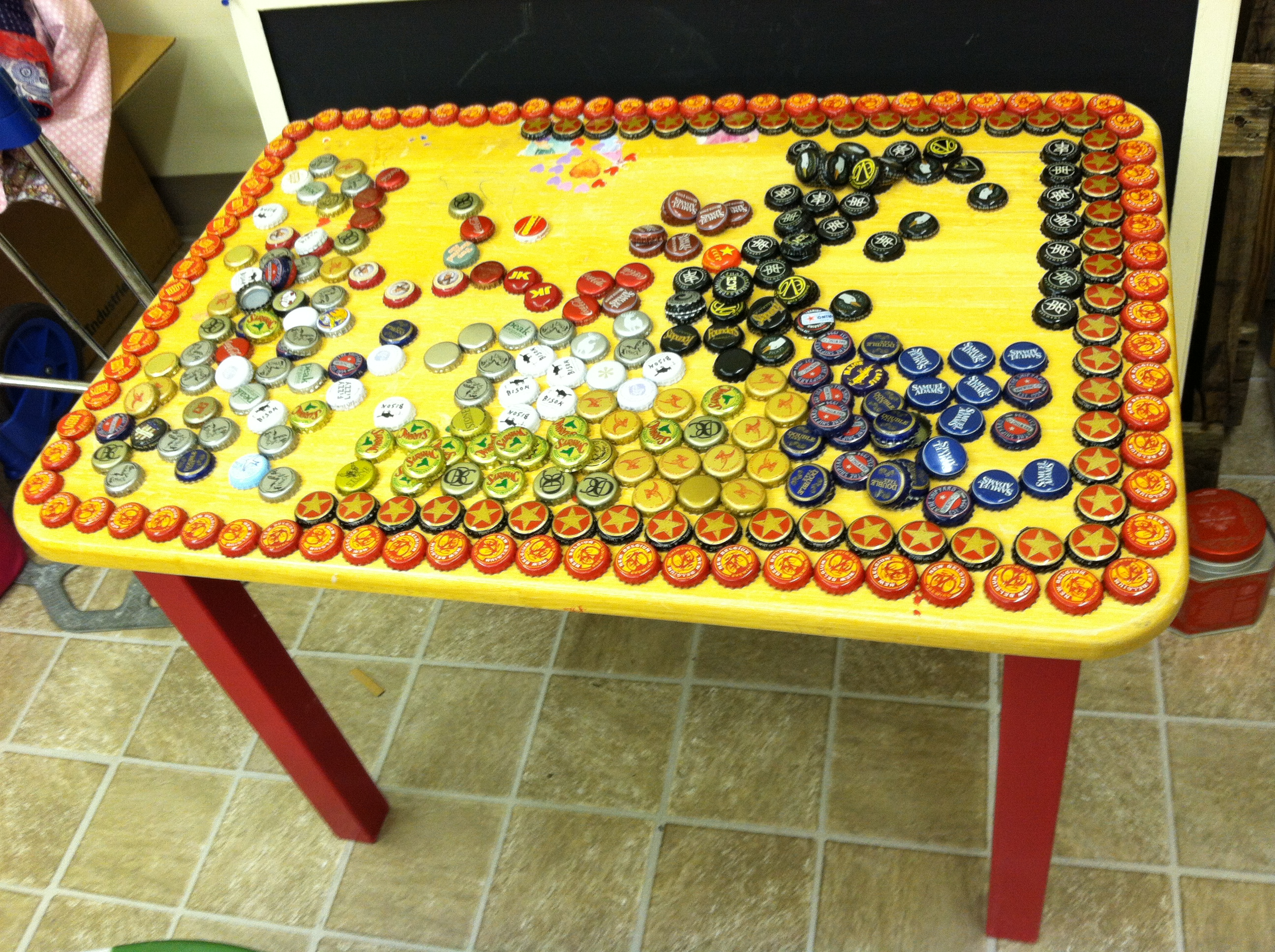 How to Make an Upcycled Bottle Cap Table